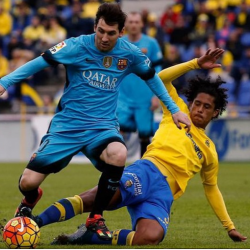Mauricio Lemos contro il Barcellona