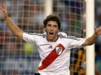 un giovanissimo Higuain con la maglia del River Plate